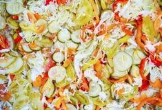 Gemischter in Essig eingelegter Salat Lizenzfreies Stockfoto