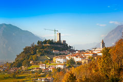 Gemona del Friuli, Udine, Italien lizenzfreie stockfotos