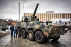 Gemotoriseerde artillerie - M120K-mortier Stock Foto