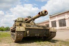Gemotoriseerde gepantserde artilleriehouwitser 152mm houwitser2c3 Acacia Stock Foto's