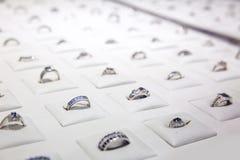 Gemstone dekorujący dzwoni kolekcję, Ceylon klejnoty fotografia royalty free
