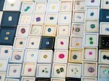Gemstone jewellery inkasowy zbliżenie, Sri Lanka Zdjęcie Royalty Free