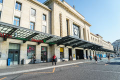 Genève-Cornavinjärnvägsstation Arkivfoto