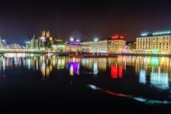 Genève på natten, Schweiz Royaltyfri Fotografi