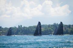 Genève/Schweiz -10 06 2018: Alinghi segelbåt D35 M1 under den Bol D `en, Royaltyfri Foto