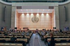 GENÈVE SCHWEIZ - SEPTEMBER 15 - Hall av plenarsammanträden Arkivbild