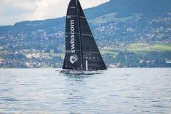 Genève/Schweiz -10 06 2018: Swisscom segelbåt D35 M1 under den Bol D `en eller regattan Schweiz Royaltyfri Bild