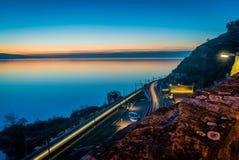 Genève sjö på natten Arkivbilder