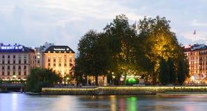 Genève som är i stadens centrum på natten Royaltyfria Bilder