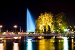 Genève som är i stadens centrum på natten Royaltyfri Fotografi