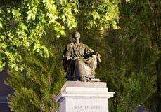 Genève/switzerland-29 08 18: Staty av Jean-jacques Rousseau phylosopher royaltyfri foto