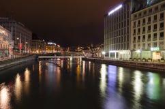 Genèvestad vid natt Royaltyfri Bild
