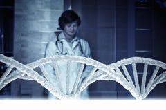 Genética e conceito da medicina Meios mistos Fotos de Stock