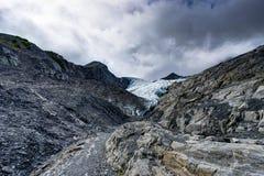 Genauere Ansicht in Richtung zu Worthington-Gletscher in Alaska Vereinigte Staaten lizenzfreie stockfotos