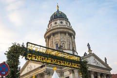 Gendarmenmarkt-Weihnachtsmarkt in Berlin, Deutschland lizenzfreie stockbilder