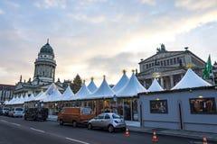 Gendarmenmarkt-Weihnachtsmarkt in Berlin, Deutschland lizenzfreie stockfotos