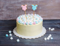 Gender reveal cake with marshmallow and gingerbread Royalty Free Stock Image