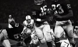Gene Upshaw #63 der Oakland Raiders stockbild