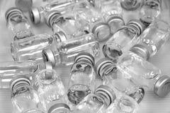 Geneeskrachtige flessen b/w Stock Foto