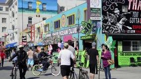 Geneeskrachtige marihuanaopslag in het Strand van Venetië stock videobeelden