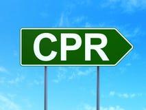 Geneeskundeconcept: CPR op verkeerstekenachtergrond Stock Foto's