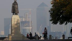 Generał Wolfe w Greenwich parku z Canary Wharf zbiory