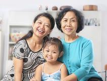 Generación tres de hembras asiáticas imágenes de archivo libres de regalías