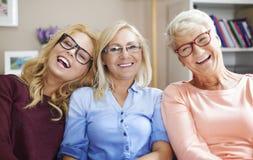 Generación tres de mujeres con los vidrios Imágenes de archivo libres de regalías