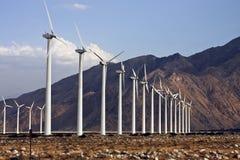 Generadores de la electricidad de la granja de viento Imagenes de archivo