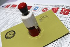 General Elections in Turkey, 2015. On 1 November 2015 the people voting in Turkey stock photography