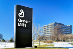 General Mills Corporate Headquarters och tecken Royaltyfria Bilder