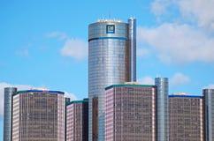 General Motors-Hauptsitze in im Stadtzentrum gelegenem Detroit lizenzfreie stockbilder