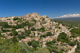 General view of hiltop village of Gordes. Stock Photography