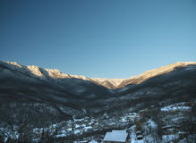Generalskoye-Dorf in den Bergen von Krim Stockfotos