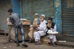 Generationskonflikt in Delhi, Indien Lizenzfreie Stockbilder