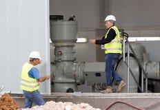 Generatore di corrente diesel di sostegno ad alta tensione dell'impianto per il trattamento dei rifiuti Immagine Stock Libera da Diritti