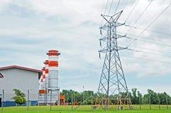 Generatore e pilone di energia elettrica Fotografia Stock