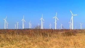 Generatori di energia eolica stock footage