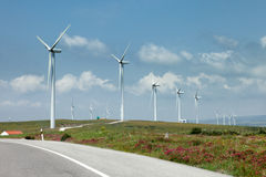 Generatori eolici fotografia stock libera da diritti