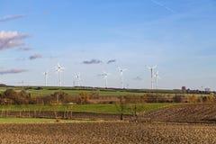 generatori eolici nel paesaggio scenico Fotografia Stock Libera da Diritti