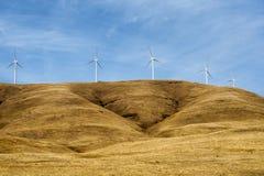 Generatori eolici nella gola del fiume Columbia Immagini Stock