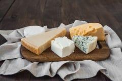 Generi differenti di formaggio Fotografia Stock Libera da Diritti