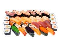 Generi differenti di rotolo di sushi fotografia stock