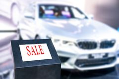 Generic for sale sign mounted on the windshield of a used car. 1 Stock Images