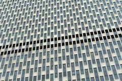 Generische Zusammenfassung der modernen Bürofassade Lizenzfreie Stockbilder
