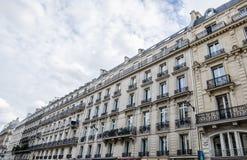 Generiska historiska byggnader i Paris Royaltyfri Foto