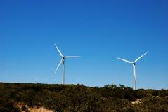 generuje elektrycznego młyna wiatr Zdjęcie Royalty Free