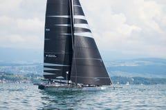 Geneva/Schweiz - 10 06 2018: Bol D ` eller geneva D35 M1 för regattaSchweiz sjö segelbåt Racing Django Arkivfoto