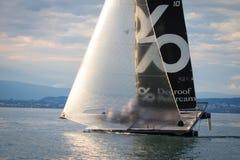 Geneva/Schweiz - 10 06 2018: Bol D ` eller regattaSchweiz M2 segelbåt Petercam Degroof Royaltyfri Bild