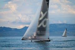Geneva/Schweiz - 10 06 2018: Bol D ` eller regattaSchweiz M2 segelbåt Petercam Degroof Royaltyfri Foto